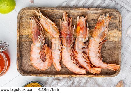 Argentinian Raw Red Prawns, Shrimps With Heads Set, On Wooden Tray, On White Background, Top View Fl