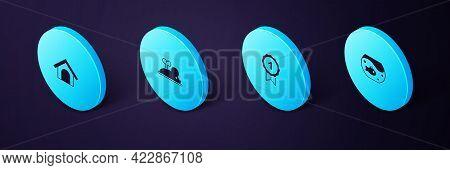 Set Isometric Aquarium With Fish, Dog Award Symbol, Clockwork Mouse And House Icon. Vector