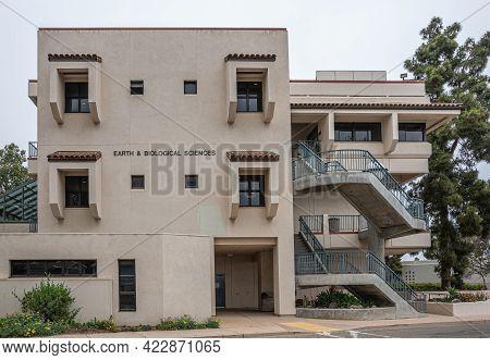 Santa Barbara, Ca, Usa - June 2, 2021: City College Facilities. Short Facade Of Modern, White, Long