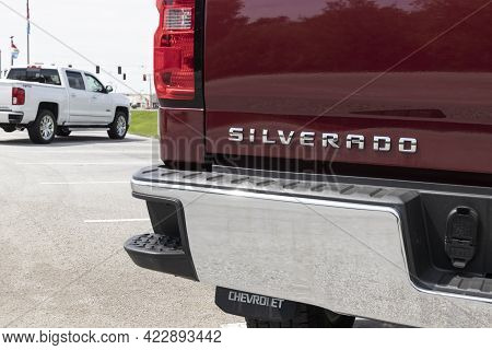 Kokomo - Circa June 2021: Chevrolet Silverado 1500 Display. Chevy Is A Division Of Gm And Offers The