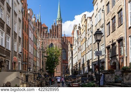 Gdansk, Poland - Sept 6, 2020: Mariacka Street, The Main Shopping Street For Amber And Jewelry In Th