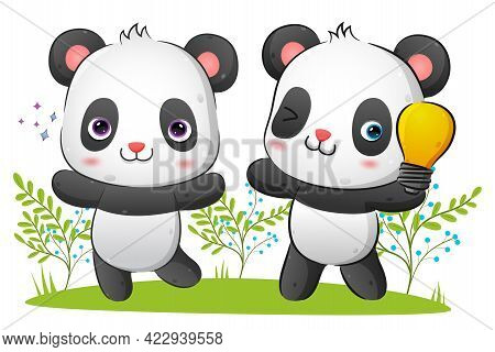 The Couple Of Clever Panda Is Getting The Idea While Holding The Bight Lamp Of The Illustration