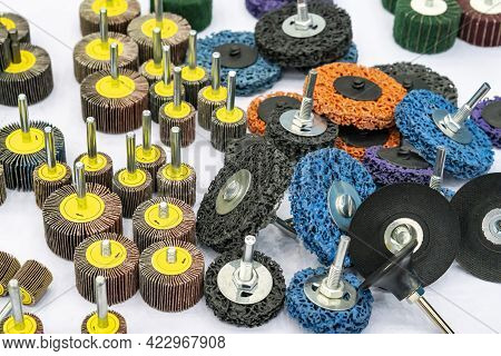 Various Sanding Flap Wheel With Rope Abrasive Disc Tools For Grinding And Deburring Polishing Cleani