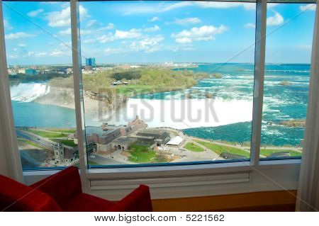 Niagara Falls room with a view