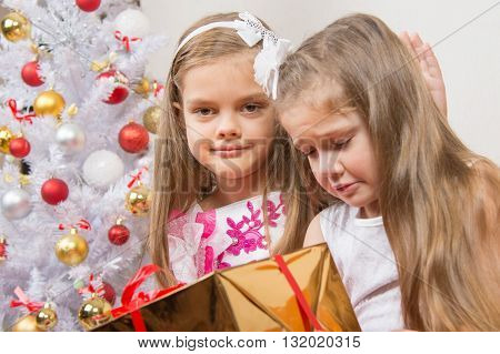The Girl Gave The Wrong Gift, Another Girl Comforting Her