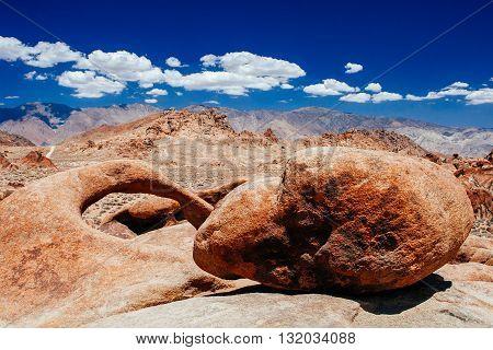 Rock And Round Arch, Alabama Hills, Sierra Nevada
