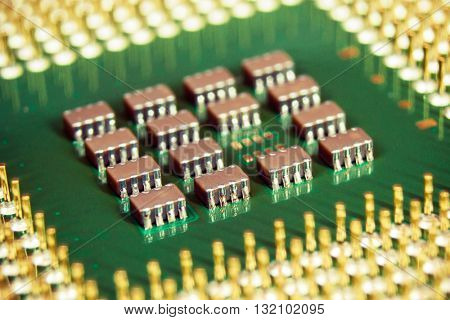 Computer processor with golden pins and core