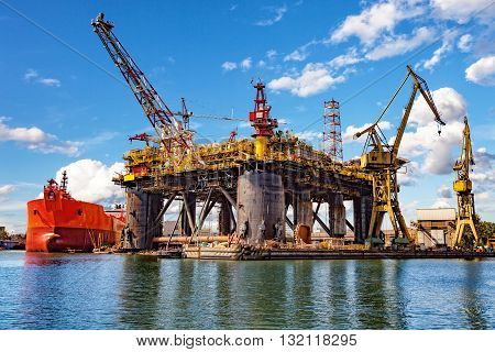 Oil rig under construction at the yard.