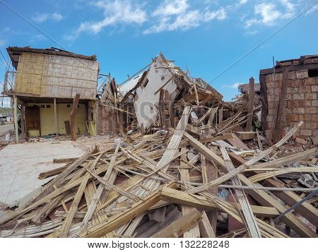 The Catastrophic Earthquake That Destroyed Buildings Is The Worst In Nearly Seven Decades Ecuador South America