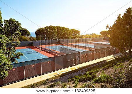 Outdoor tennis court with nobody in Malibu California