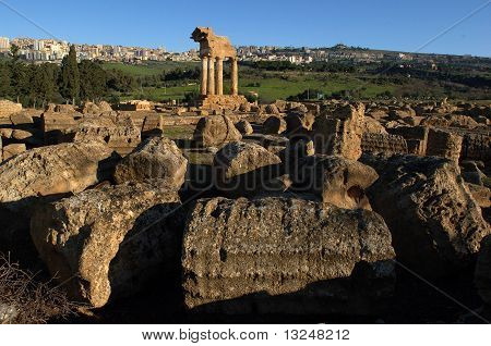 temple of Dioscuri, agrigento, valley, sicily, italy