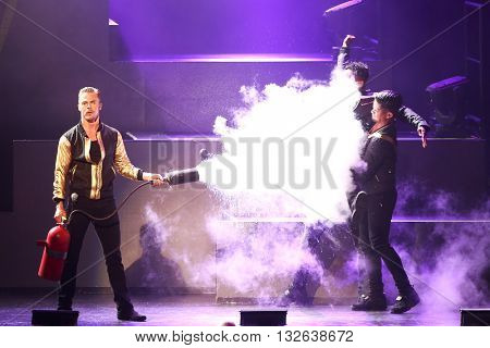 NEW YORK-JUL 9: Derek Hough (L) performs on stage during the Move Live On Tour at Radio City Music Hall on July 9, 2015 in New York City.