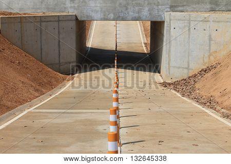 bike lane towards the underpass, bike way, underpass, tunnel