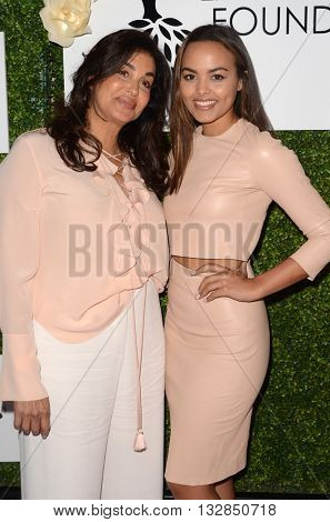 LOS ANGELES - JUN 4:  Bernadette Leonard, Camille Leonard at the 2016 Ladylike Women of Excellence Awards Gala at the Beverly Hilton Hotel on June 4, 2016 in Beverly Hills, CA