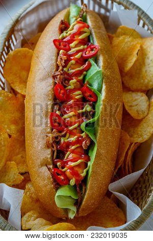 Hot Dog With Potato Chips