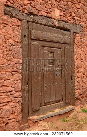 Entrance Door Antiquisime To A House The 19th Century In A Picturesque Village With Black Slate Roof