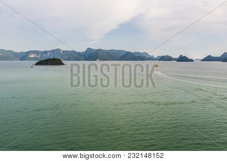 Tourists Enjoying The Langkawi Archipelago And Its Archipelago Declared A World Geo Park By Unesco.