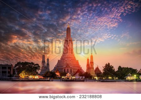 Wat Arun Temple At Sunset In Bangkok Thailand. Wat Arun Is Among The Best Known Of Thailand's Landma