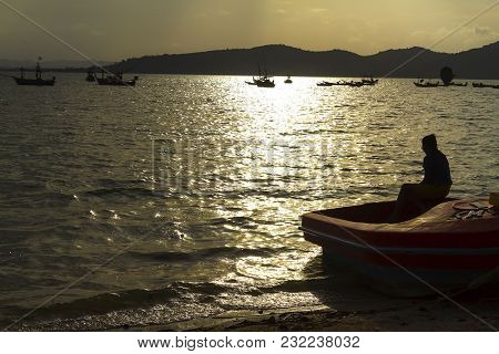 The Beach Bang Boet Silhouette With Sunset At Chumphon Province Thailand Is Famous For Travel