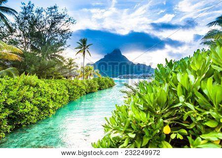 Bora Bora In French Polynesia, Tahiti. Paradise Beach.