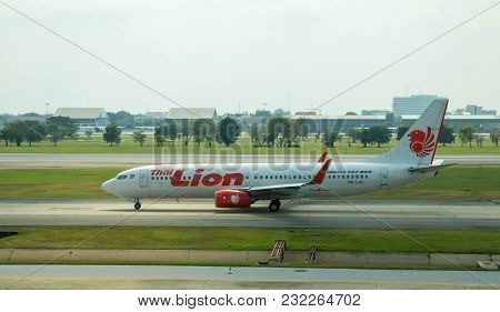 Bangkok, Thailand - 2 March 2018 : Boeing 737-800 (hs-luu) Of A Bangkok-based Domestic Low Cost Carr