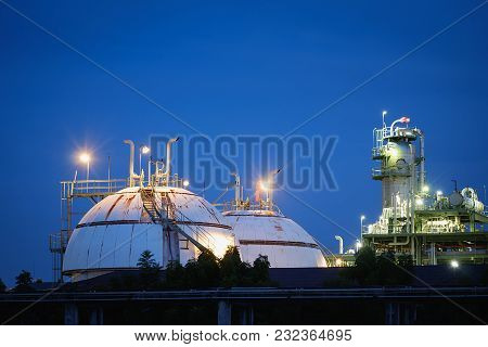 Petrochemical Plant With Twilight Sky, Gas Storage Sphere Tanks In Petroleum Industrial Plant
