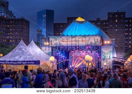 New York, Ny, Usa - July 7, 2017. Social Dance Midsummer Night Swing In Lincoln Center
