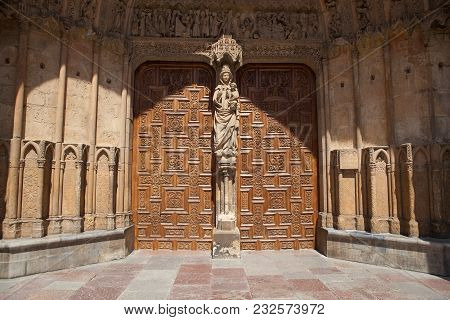 The Main Entrance Door To The Cathedral In Leon. The Santa Maria Cathedral Of Leon Built On The Ruin