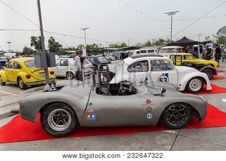 Nonthaburi, Thailand - March 10, 2018: Lotus Spider And Vw Beetle Show In Volkswagen Club Meeting At
