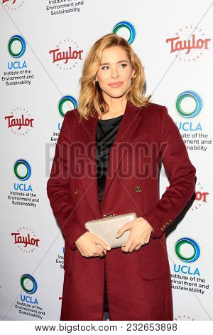 LOS ANGELES - FEB 22:  Susie Abromeit at the UCLA's 2018 Institute Of The Environment And Sustainability (IoES) Gala at the Private Estate on February 22, 2018 in Beverly Hills, CA