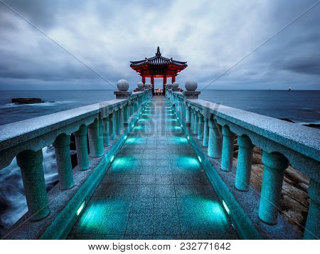 Sokcho, South Korea - March, 8, 2018: Yeonggeumjeong Pavilion Against A Stormy Sky Overlooking The E
