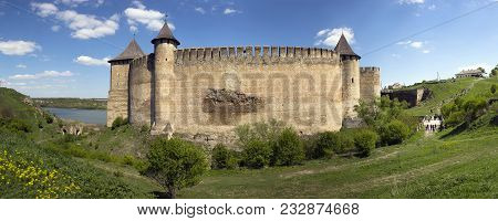Panorama Khotyn Fortress - Fortress X-xviii Centuries, Located In The City Of Hotin, Ukraine. One Of