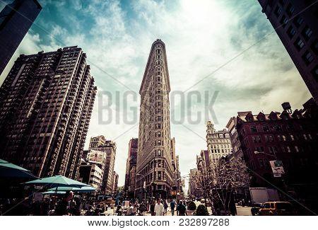 New York City, Ny Usa - 05/11/2015 - New York City Flat Iron Building In Vintage