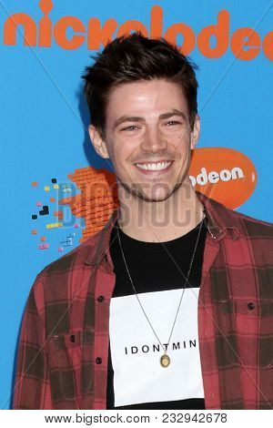 LOS ANGELES - MAR 24:  Grant Gustin at the 2018 Kid's Choice Awards at Forum on March 24, 2018 in Inglewood, CA