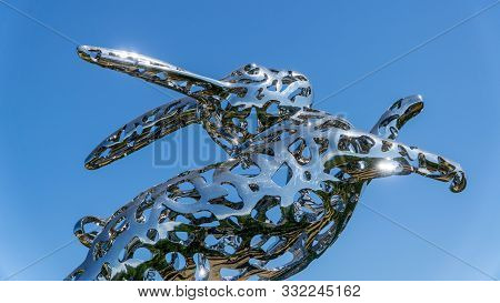 San Francisco, Usa - August 2019: Close Up Of Stainless Steel Bunny Foo Foo By Lawrence Argent In Ha