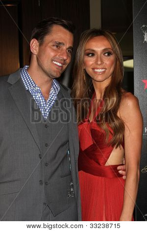 LOS ANGELES - MAY 22:  Bill Rancic, Giuliana Rancic arrives at the 37th Annual Gracie Awards Gala at Beverly Hilton Hotel on May 22, 2012 in Beverly Hllls, CA
