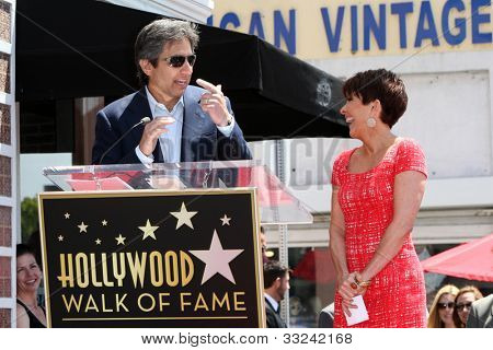 LOS ANGELES - MAY 22:  Ray Romano, Patricia Heaton at the ceremony honoring Patricia Heaton with a Star on The Hollywood Walk of Fame at Hollywood Boulevard on May 22, 2012 in Los Angeles, CA