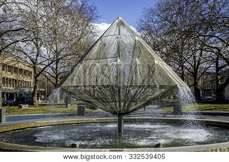 Canberra, Australia - Sep 3, 2018: View Of The Canberra Times Fountain And The Surrounding Park. Fou