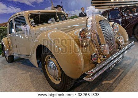 Lyon, France, November 8, 2019 : Old Citroen 15 At The Motorshow. The Salon Epoq Auto Stands In Lyon