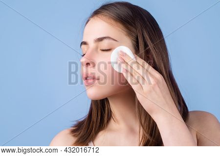 Woman With Cotton Pads, Sponge, Cotton Ball. Skin Care And Beauty Concept. Girl Removes Makeup With