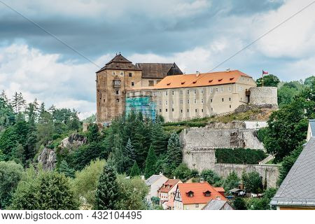 Gothic Medieval Castle,renaissance Palace And Baroque Chateau Becov Nad Teplou With Reliquary Of St.