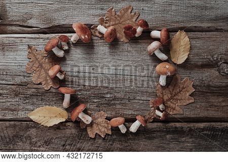 Festive Autumn Thanksgiving Wreath With Mushrooms, Fallen Leaves. Autumn Holiday, Fall, Thanksgiving