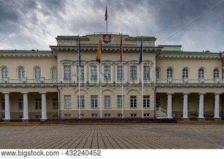 View Of The Lithuanian Presidential Palace And The Daukanto Square In Old Town Vilnius