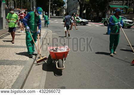 Street Cleaning In Salvador