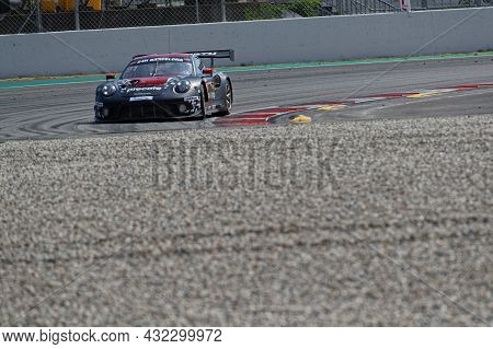 Barcelona, Spain, September 4, 2021 : Herberth Motorsport Takes Pole And Victory At The Hankook 24 H