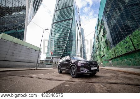 Moscow, Russia - March 18, 2020:   New Chineese Urban Family Suv Chery Tiggo 8 Plus In Downtown Cent