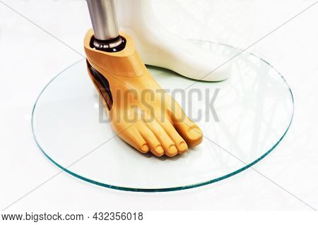Metal Prosthetic Leg. Exhibition Of Modern Prostheses. Prosthetics Amputated Limbs. Plastic Mannequi