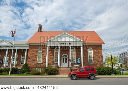Potsdam, Ny, Usa - Apr. 28, 2017: Potsdam Town Public Museum At 2 Park Street In Historic Downtown P