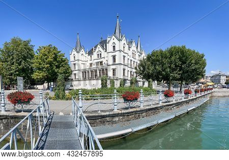 Switzerland, Vevey, August, 2021 - Beautiful Promenade With Modern Architecture In Vevey, Vaud Canto