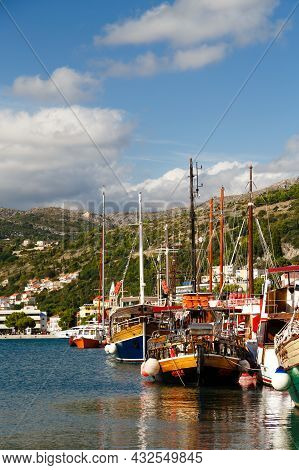 Dubrovnik, Croatia - October, 10 2019: Wooden Yachts For Day Boat Trips Docked At The Port Of Gruz I